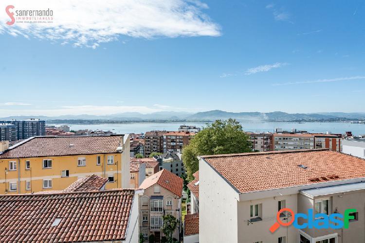 Se vende piso de 3 dormitorios en Santander por 79.000€