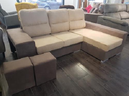 Sofá chaiselongue con dos taburetes nueva