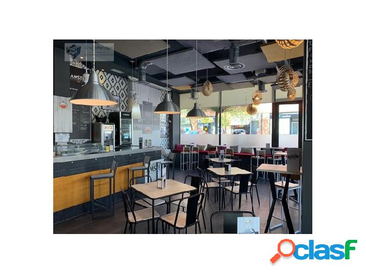 Traspaso Bar - Restaurante de 150 m² con terraza en