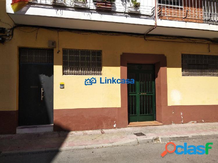 LOCAL COMERCIAL A PIE DE CALLE DE 63 M2 EN LA ZONA DE SAN