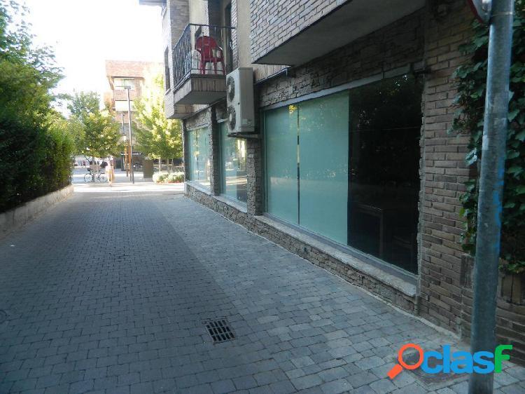 Local de 300 m2 con licencia de restaurante