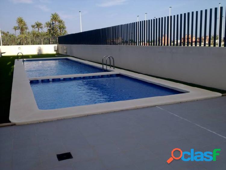 Vivienda en zona TRAVALON DE ELCHE.urb. con piscina.
