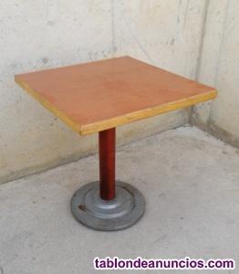 Mesa madera 70x70cm una pata