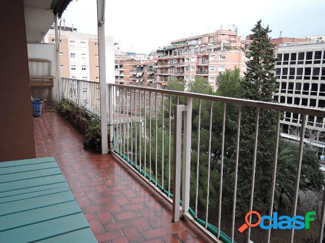 Piso de dos dormitorios en alquiler en Les Corts,Barcelona