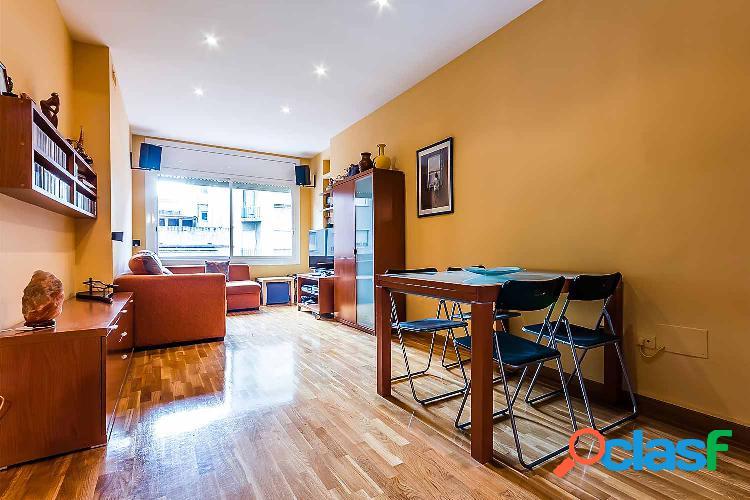 Bonito piso en venta en el Barrio de Gracia