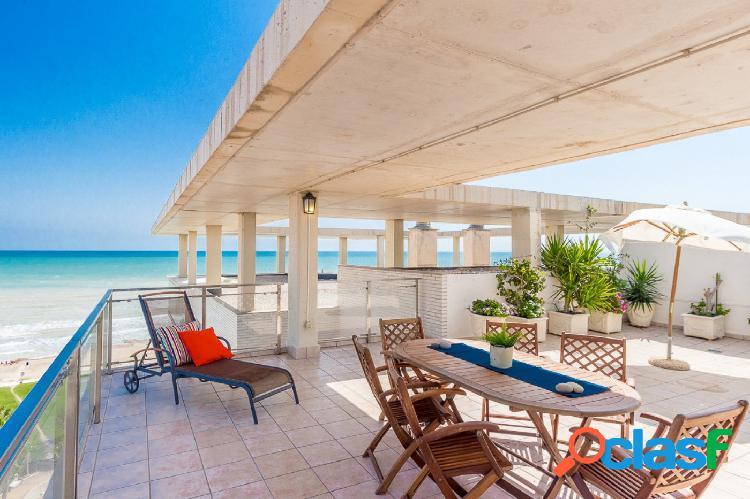 Precioso Atico Duplex con vistas al mar