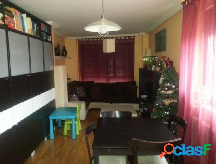 Urbis te ofrece un estupendo piso en venta en Villares de la