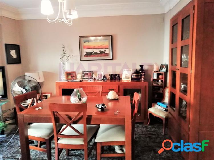 Bonito piso reformado de dos habitaciones