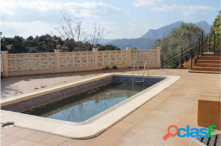 Casa en Venta en Olesa de Montserrat (urb. Ribes Blaves)