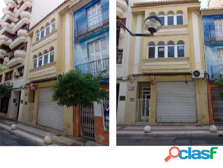 Se vende edificio en pleno centro de Castellón, junto a la