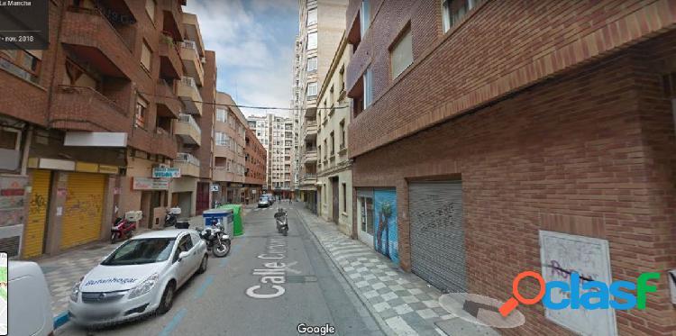 Se vende piso zona altozano -carretas