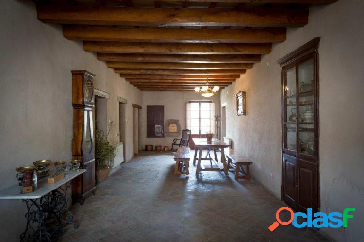 Casa de poble al centre de Sant Fruitós!