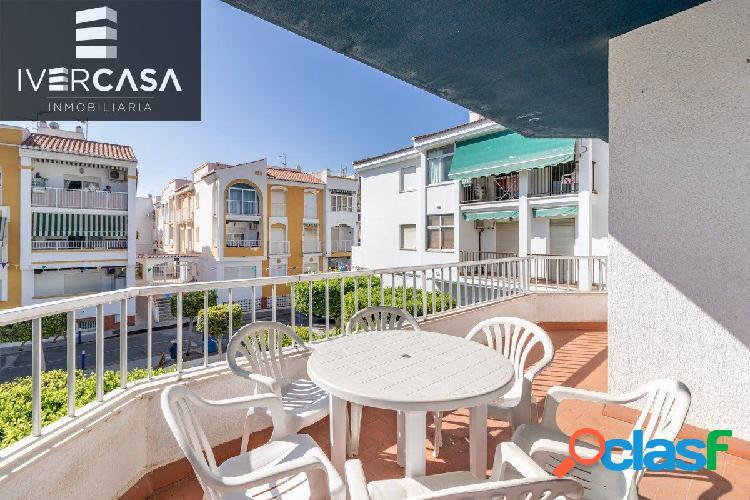 Piso de 3 dormitorios y 120 m2 en Salobreña Playa de la