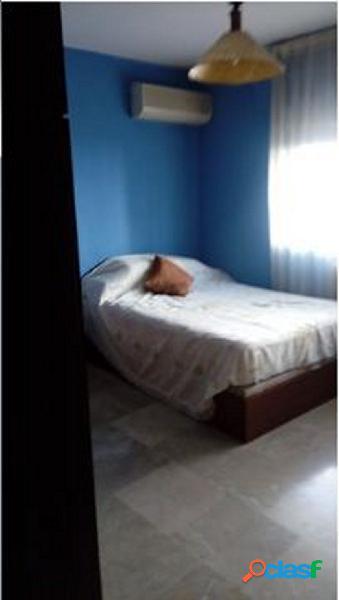 Piso de 4 dormitorios para estudiantes