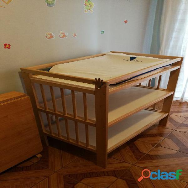 Cambiador de bebé modelo Gulliver de Ikea.