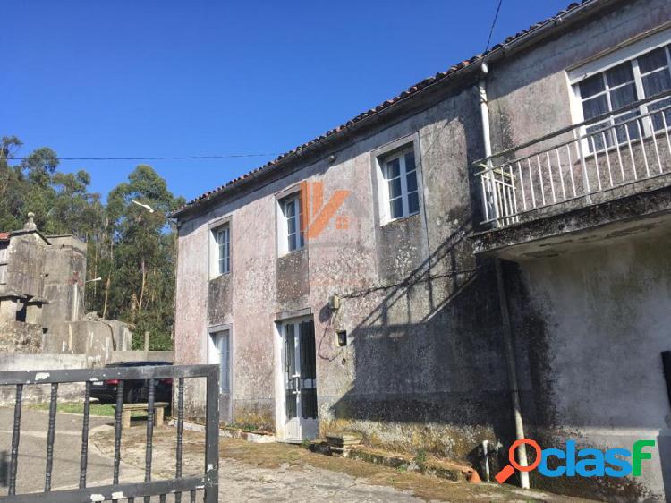 Casa para restaurar con finca de 2100 m2