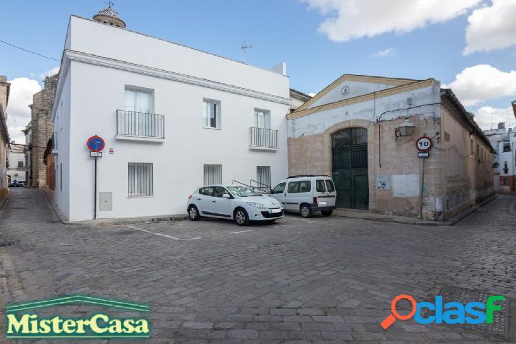 Edificio rehabilitado en el centro de Jerez