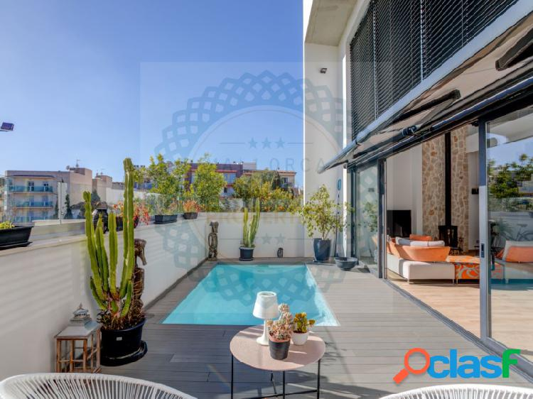 Impresionante casa de diseño moderno en pleno centro de
