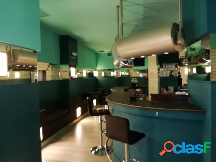 Precioso Bar- Disco en el ensanche