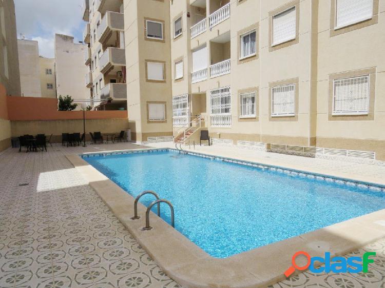 Se vende ático con piscina planta 4, Calle Vicente Blasco