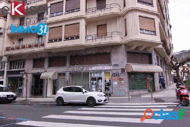 Local en alquiler en el barrio de Gros, Donostia San