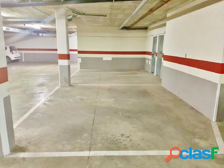 ¡Oportunidad! Se venta amplia plaza de garaje con capacidad