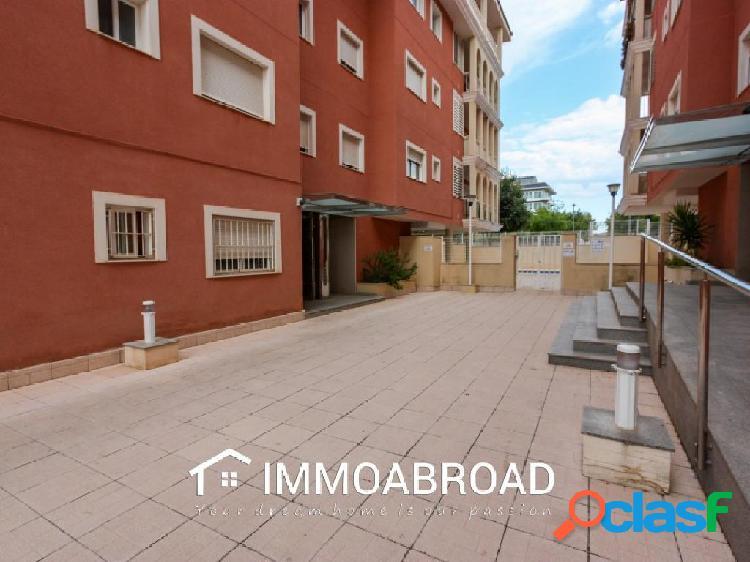 Apartamento en venta en Medreguer con 3 dormitorios y 2