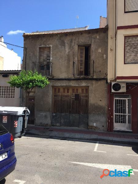 Casa en pleno centro de Guardamar para reformar