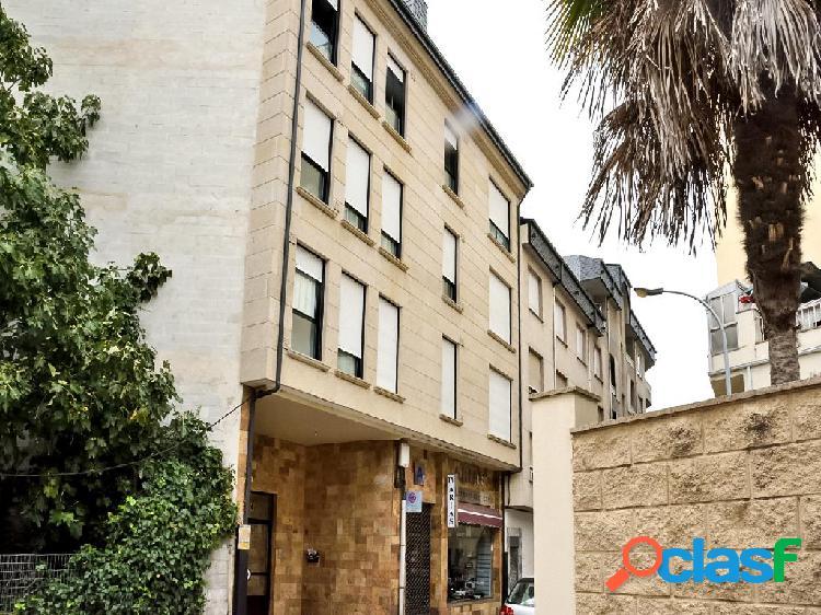 Dúplex en venta de 120m² en Calle Alvaro Cunqueiro, 32300