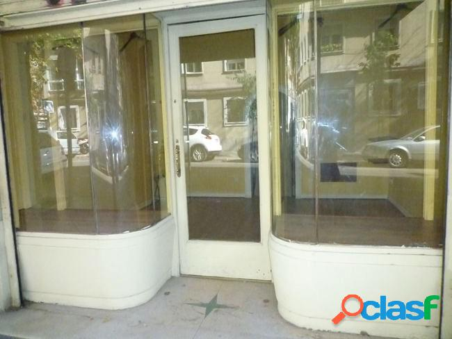 Local comercial a pie de calle de 30m2. Zona General Peron -