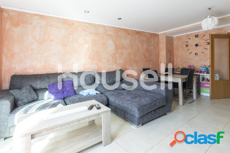 Piso en venta de 112 m² en Calle Buenos AIres, 46710