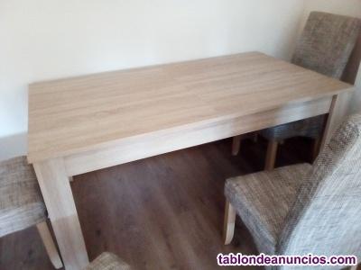Se vende mesa de salon en color pino
