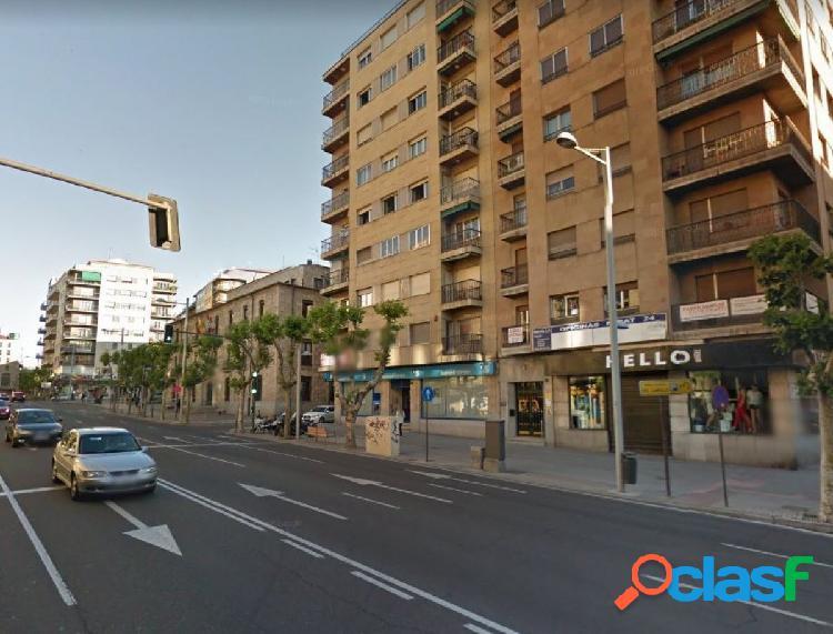 Urbis te ofrece local comercial de 230 m2 en zona San Juan,