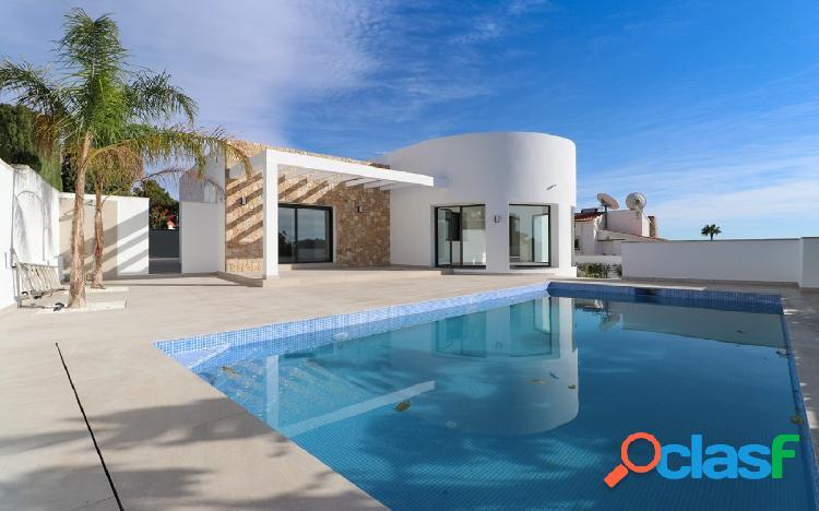 Villa de diseño contemporáneo en venta en Benissa Costa