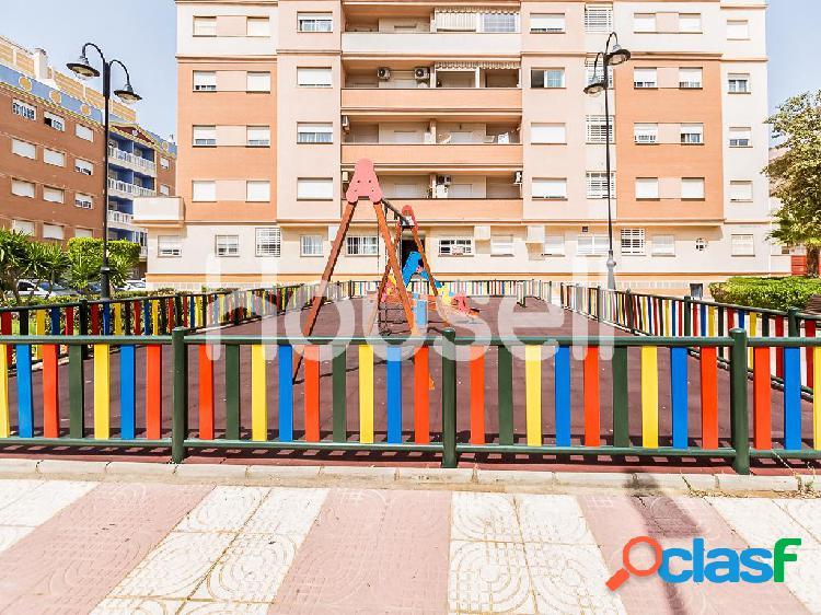 Ático en venta de 100 m² Calle Hermanos Pinzón, 04740