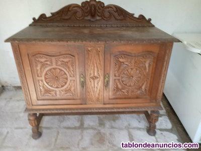 Se venden muebles antiguos en buen estado