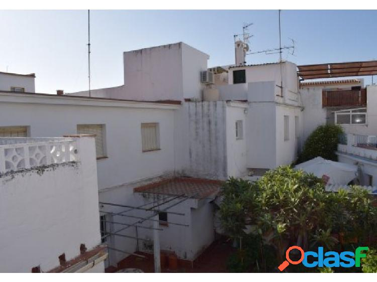 CASA A REFORMAR (ideal para hotel en el centro)