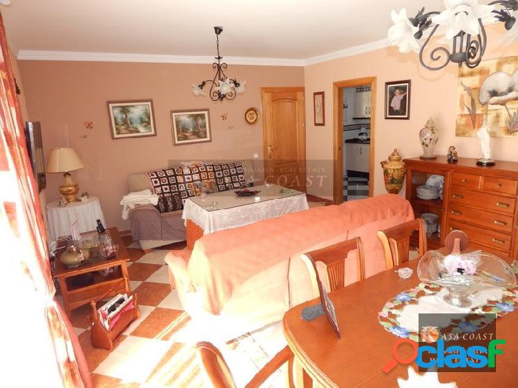 Casa en venta en la zona de Los Pacos en Fuengirola