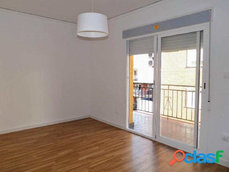 Magnífico piso de 4 dormitorios situado en Denia