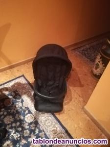 Trío compuesto por silla capazo y cuco