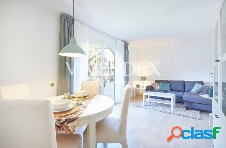 Apartamento con zona comunitaria exclusiva en Gava Mar para