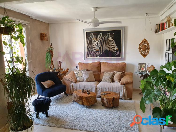 Fabuloso piso recién reformado con muy buenas calidades,