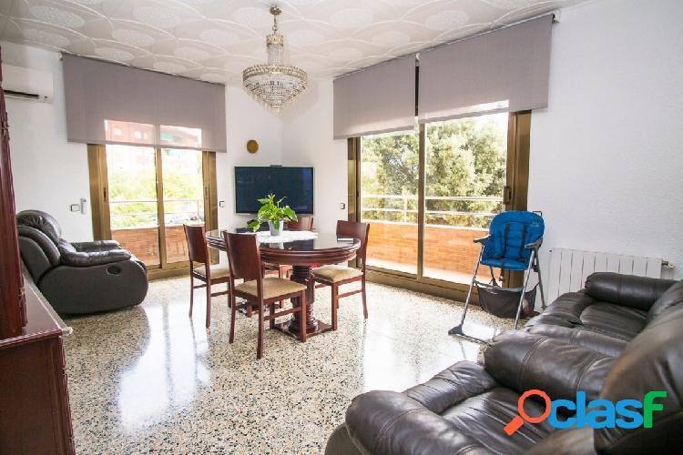 Precioso y único piso de más 140m2 en Viladecans