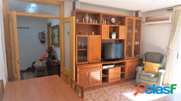 Se vende piso en Puerto de Sagunto de 4 dormitorios, dos