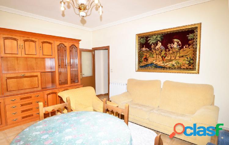 Urbis te ofrece un estupendo piso en zona Garrido norte,