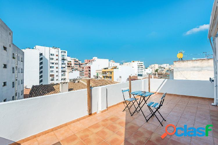 Ático con 2 terrazas en venta en Palma de Mallorca a 500mts