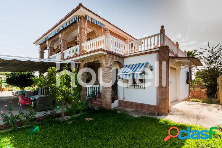 Chalet en venta con parcela de 1.400m²en Villarrubia 14710,