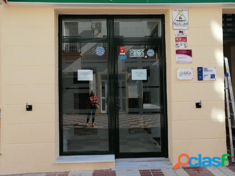 Estupendo local comercial en el centro de Chipiona
