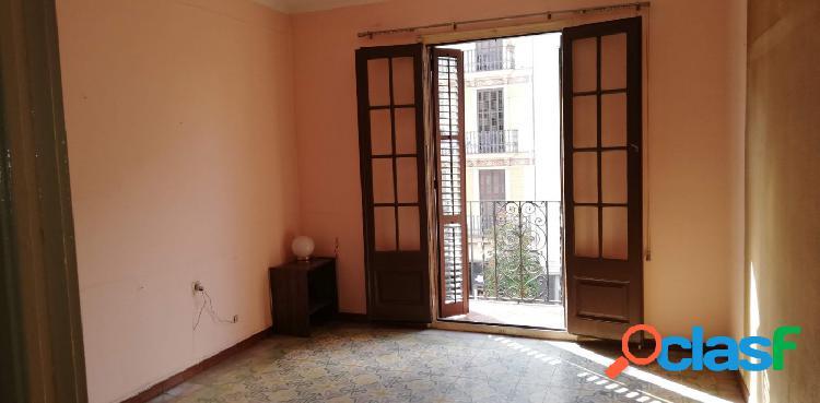 Piso en Barcelona zona El Poblenou, 69 m., una habitación