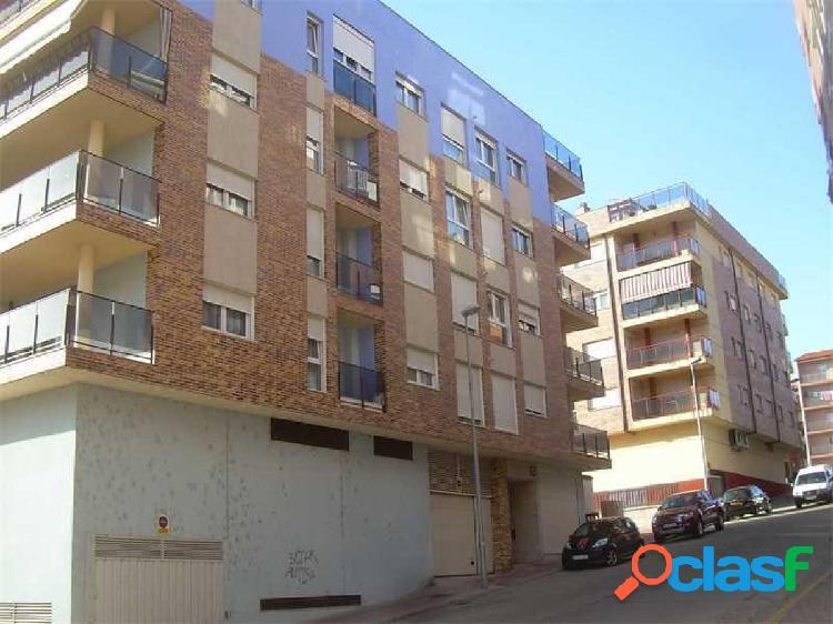 Urbis te ofrece una plaza de garaje en venta en zona Bejar,